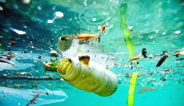 台灣沿海海洋垃圾多 9成無法回收
