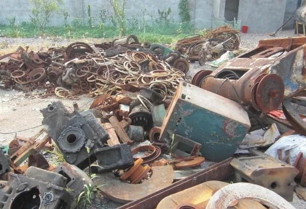 废品回收-塑料瓶因回收治理出现囤积